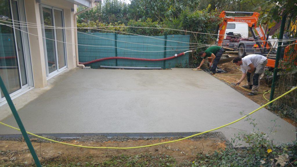 brin-de-nature-paysagiste-gagnac-dalle-beton-1