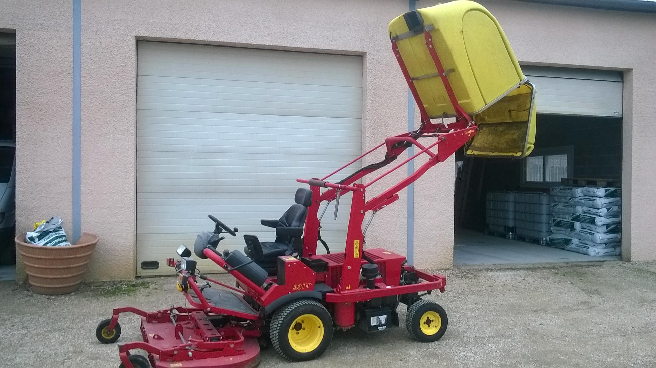 Travaux de tonte - Tondeuse Ferrari 2