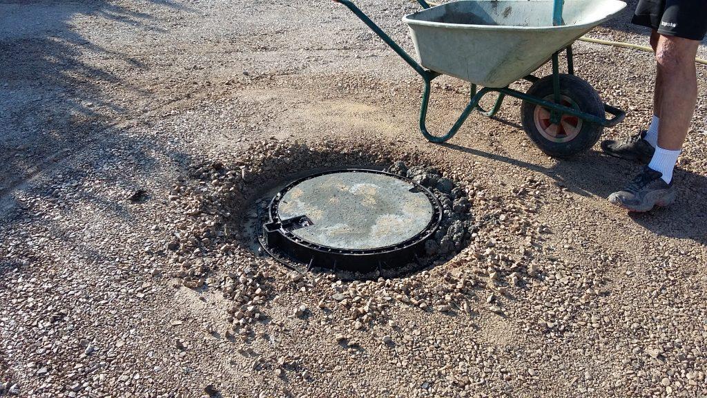 brin-de-nature-paysagiste-gagnac-puits-et-tampon-fonte